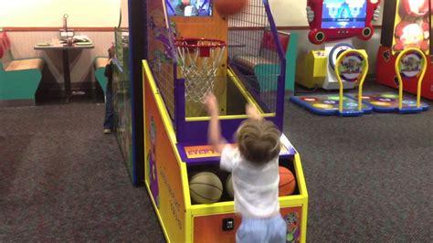 Kole Shooting Basketball At Chuck E Cheese Youtube