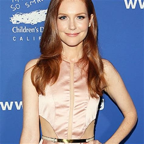 darby stanchfield is she married darby stanchfield of scandal shows off sexy side in o