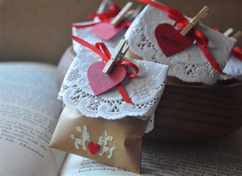 christmas grab bag gifts 1000 grab bag gift ideas on gifts gifts and small gifts