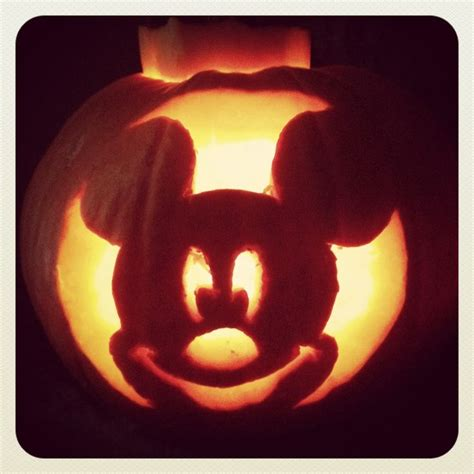 Vire Mickey Mouse Pumpkin Template by Best 25 Mickey Mouse Pumpkin Ideas On Minnie
