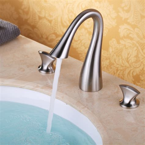 luxury bathroom widespread sink faucet  hole mixer tap