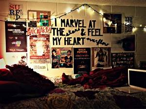 Dorm rooms decor