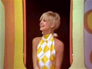 A View from the Beach: Rule 5 Saturday - Goldie Hawn