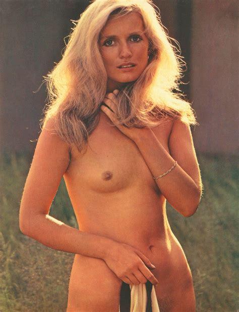 Marie-Christine Deshayes  nackt