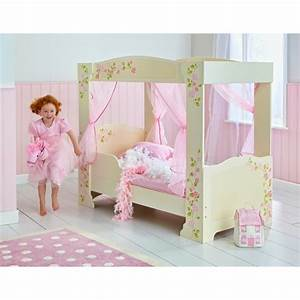 Lit A Baldaquin Fille : 20 awesome toddler beds to drool over ~ Teatrodelosmanantiales.com Idées de Décoration