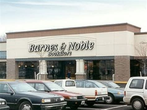 Barnes And Noble May Close Hundreds Of Stores