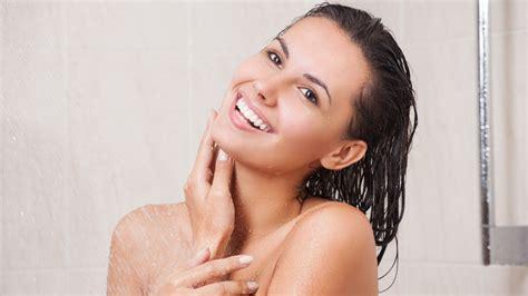 rasoio sotto la doccia sotto la doccia 8 cose da fare in 10 minuti