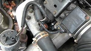 1995 Buick Lesabre How-to Change Throttle Position Sensor