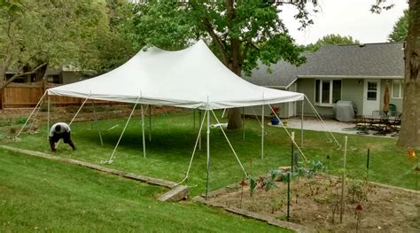 Backyard Tent Rentals by Backyard With A 20 X 30 Rope And Pole Tent In Iowa