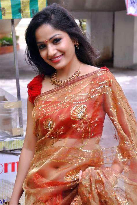 Telugu Actress In Saree New Hd Photo Shoot Wallpaper Free Indian Actress Hd Wallpaper