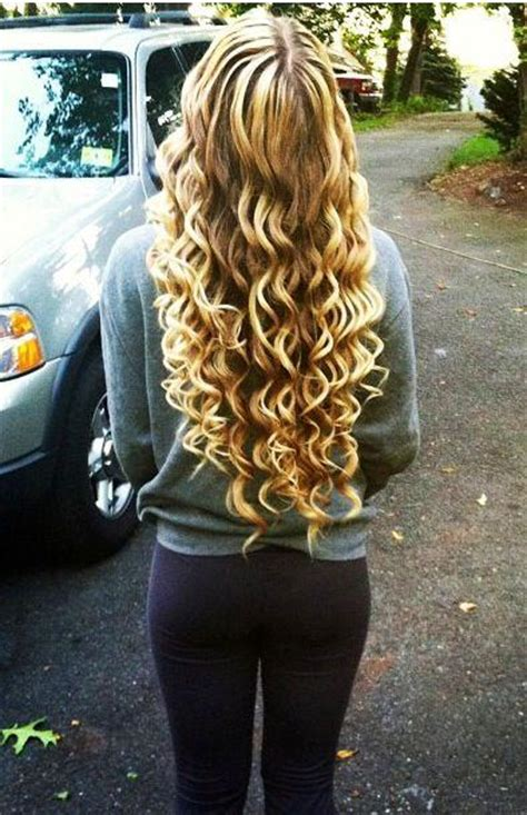 blone wand curls hairstyles