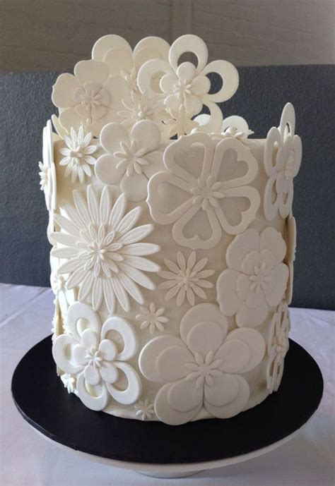 white wedding cake designs   leave  wanting