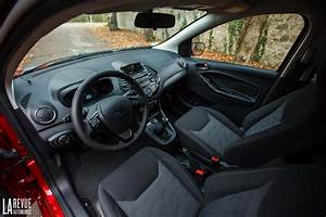 Ford Ka Interieur : photo ford ka plus interieur exterieur ann e 2017 ~ Maxctalentgroup.com Avis de Voitures