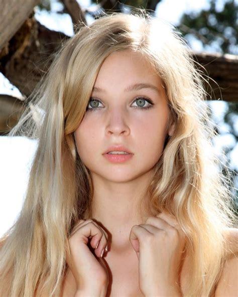 Preserve Nordic Beauty Blonde Hair Green Eyes Blonde