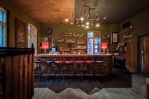 Bar Mit Tanzfläche Berlin : szenebar mieten auf raw gel nde 30 90 personen berlin friedrichshain ~ Markanthonyermac.com Haus und Dekorationen