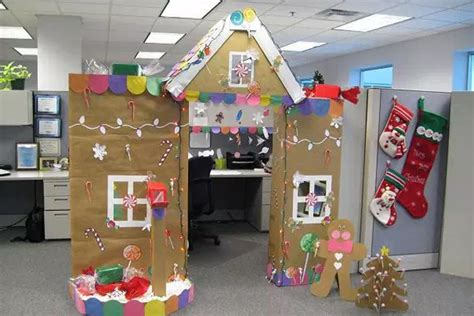 giner bread cubicle christmas decorations 11 decorations you can make with office supplies