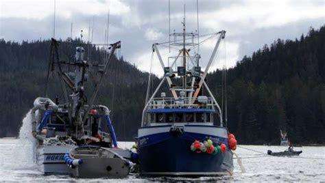 Alaska Fishing Boat Jobs Pay by Alaska Fishing Jobs Current Job Vacancies Excellent