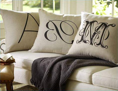 Big Pillows For Sofa by Large Pillows For Sofa Large Decorative Sofa Pillows