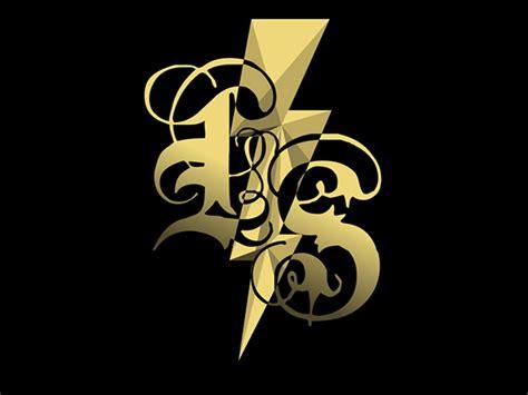 Ls / N° 11___lightning Strikes / Logos On Pantone Canvas