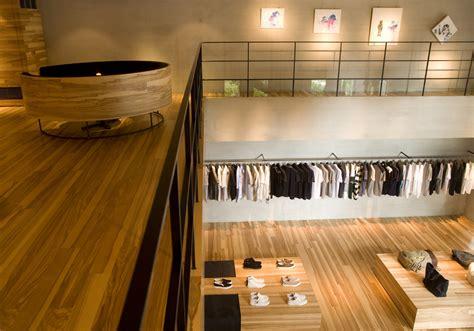 retail design showroom  wood