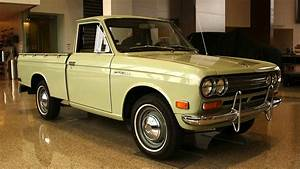 Classic Truck Award In Texas Goes To 1972 Datsun Pickup