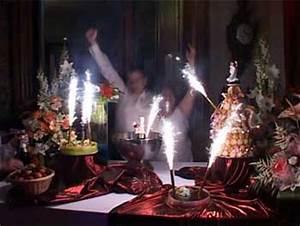 Musique Arrivée Gateau Mariage : presentation d un gateau de mariage les recettes populaires blogue le blog des g teaux ~ Melissatoandfro.com Idées de Décoration