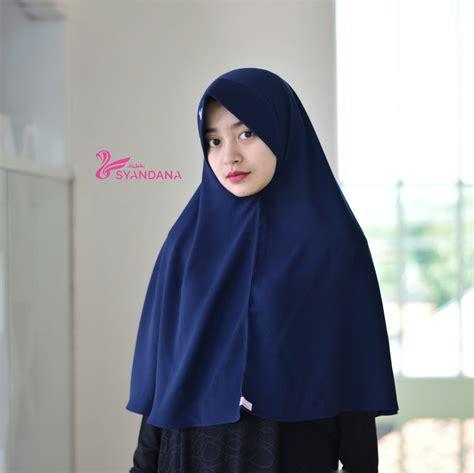 jilbab segi empat syar  murah jilbab satin segi empat syar   jumbo  jilbab segi