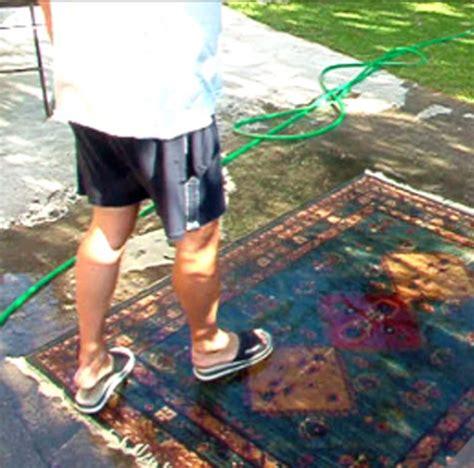 lavare un tappeto lavare il tappeto morandi tappeti