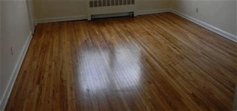 Tips For Fixing and Cleaning Worn Out Hardwood Floors