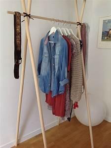 Portant Vetement En Bois : un portant portant pinterest portant vetement ~ Melissatoandfro.com Idées de Décoration