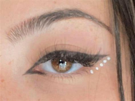 pin  edmeia faria  charli damelio colorful eye makeup makeup eye makeup