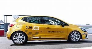 Clio 2014 : renault clio cup revealed ahead of 2014 racing season photos caradvice ~ Gottalentnigeria.com Avis de Voitures