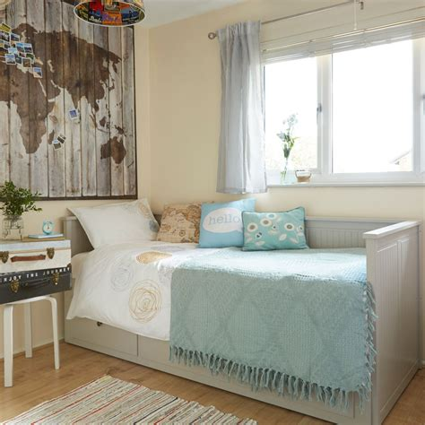 check   clever multifunctional guest bedroom