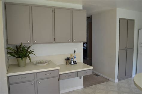 paint for laminate cabinets sonja reclaims oak kitchen cabinets before and after