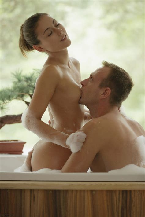 Ivy In Hot Bath For Two By Xart Photos Erotic Beauties
