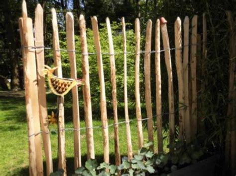 Zaun Abstand Grundstucksgrenze Nachbarschaftsrecht Zaun An Der