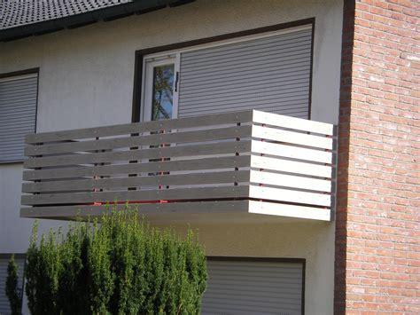 Balkonverkleidung Aus Wpc