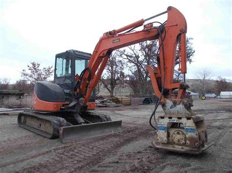 hitachi zxu  mini excavator  zaxis    sale berry machinery