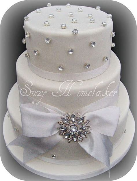 cake decoration ideas with gems 25 best ideas about wedding cakes on