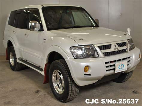 automobile air conditioning service 2005 mitsubishi pajero spare parts catalogs 2005 mitsubishi pajero pearl for sale stock no 25637 japanese used cars exporter