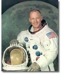 Astronaut Bio: Buzz Aldrin