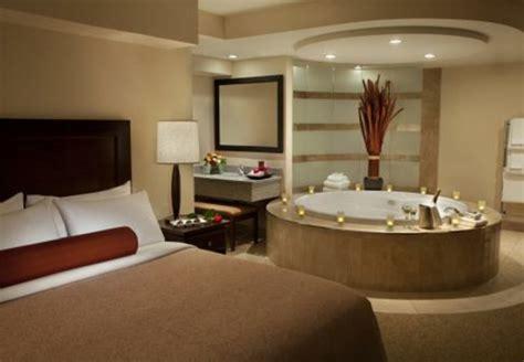 chambre luxueuse chambre d 39 hôtel avec jaccuzi intérieurs inspirants et