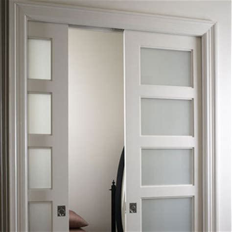 advantages and disadvantages of a glass panel interior