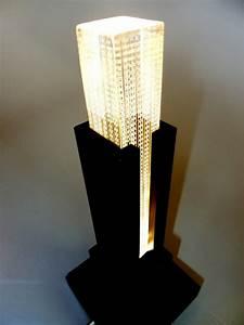 Lampe De Chevet Originale : la lampe de chevet new york l gance et praticit ~ Teatrodelosmanantiales.com Idées de Décoration