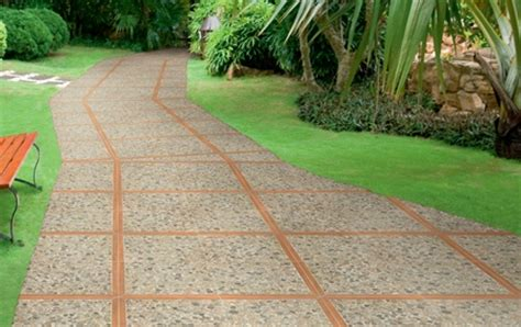 pavimentazione cortile esterno pavimentazione da giardino naturale parzialmente naturale