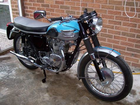 Triumph Tiger 100 by 1961 Triumph Tiger 100 Classic Motorcycle Pictures