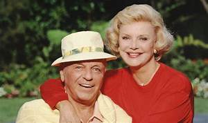 Frank Sinatra's widow dies: The last Lady Blue Eyes ...