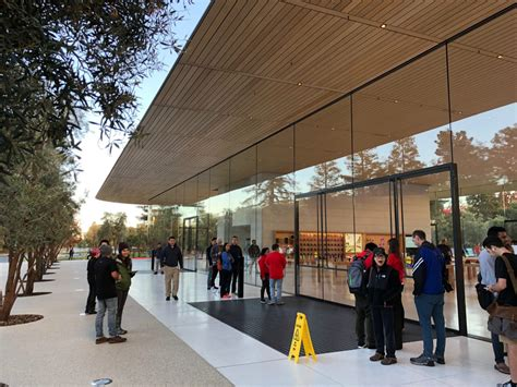 freedom tower observation deck promo code apple park s new visitor centre celebrates grand opening
