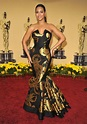 Beyonce at the 2009 Academy Awards | Historic Oscars Red ...
