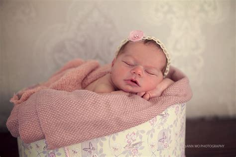 newborn photography session  baby girl  london ann
